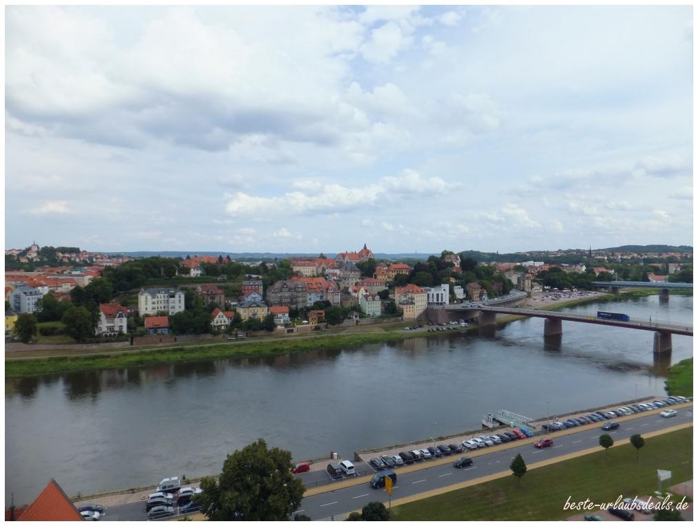 Blick-über-Meißen und die Elbe -bei-der-Turmführung