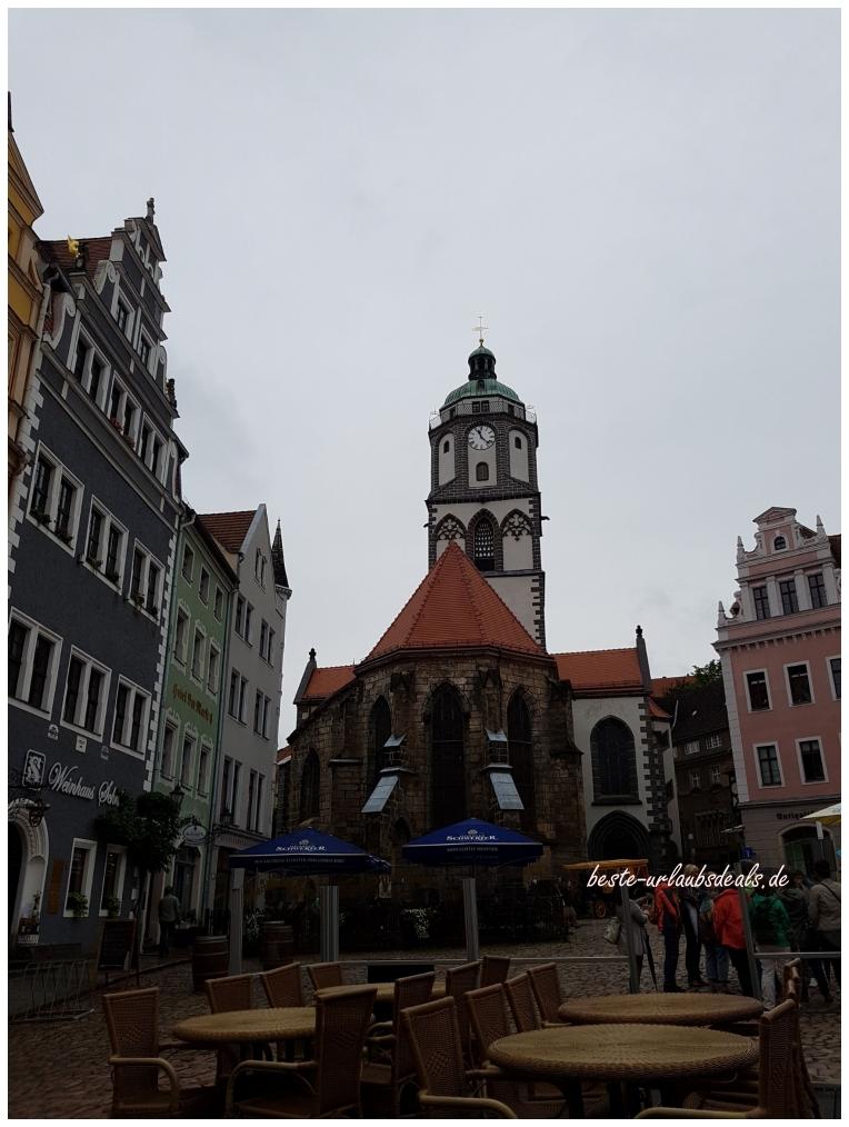 Marktplatz von Meißen mit Frauenkirche